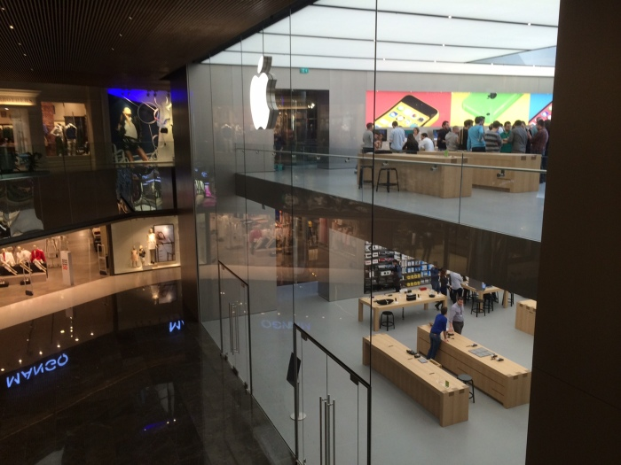 Gallery: New Apple Store in Zorlu Center, Istanbul – Turkey